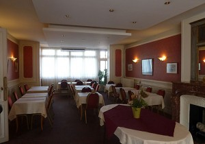hotel_restaurant2